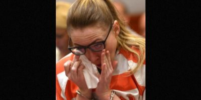 Ella se declaró culpable de todos los cargos y le escribió una carta al juez, en la que pedía no ir a la cárcel. Podría salir libre en 2017. Foto:AP