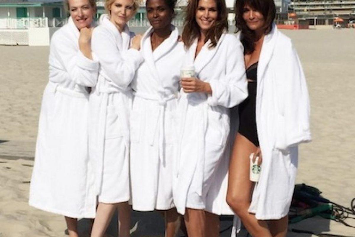 Cindy Crawford, Tatheba Patitz, Eva Herzigova, Nadja Auermenn, Helena Christense y Karen Alexander Foto:Instagram/CindyCrasford