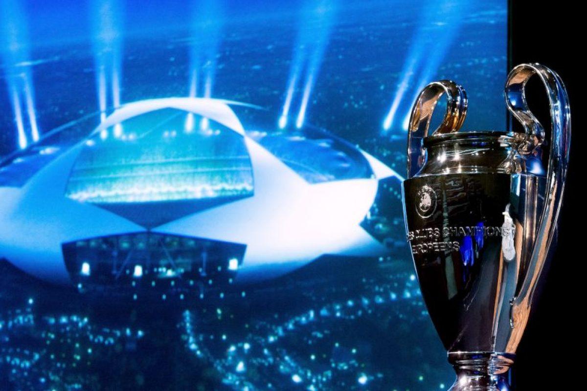 Como Barcelona es también el campeón de España, la octava liga clasificada, la Eredivisie de Holanda, se queda con la vacante. Foto:Getty Images