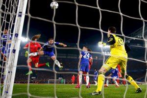 4. Thibaut Courtois (Chelsea) ante PSG. Foto:Getty Images