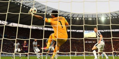3. Gianluigi Buffon (Juventus) ante Barcelona. Foto: Getty Images