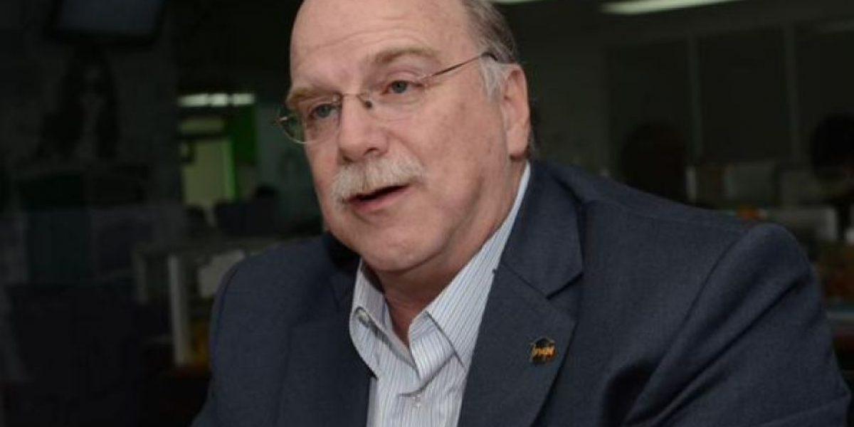 Candidatos a la presidencia piden que Otto Pérez dimita como gobernante