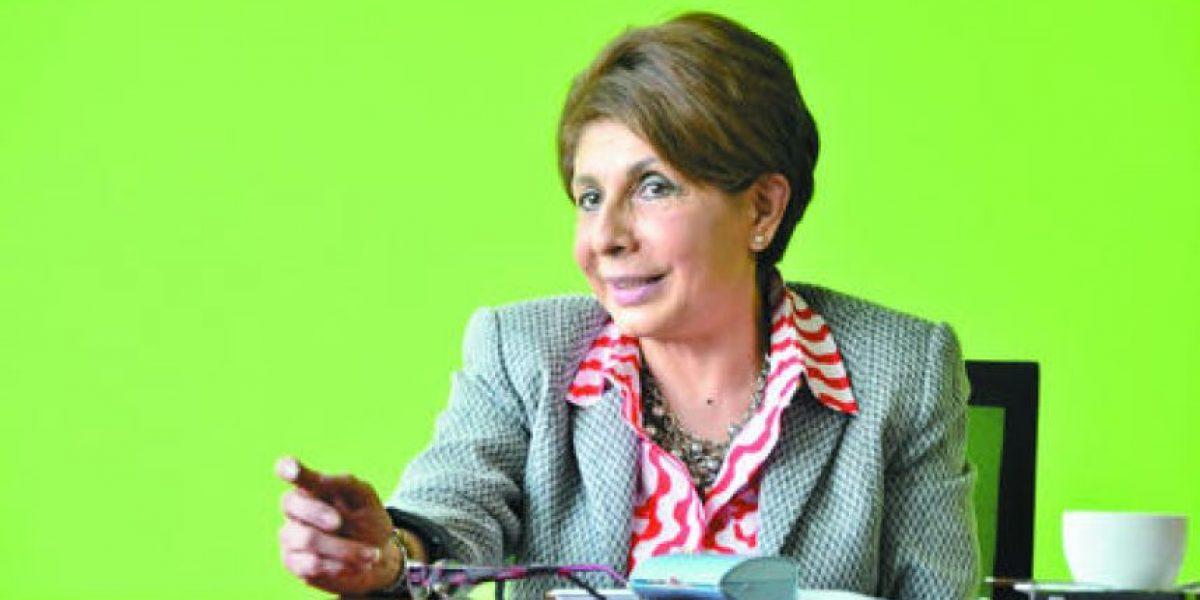 Diputada Nineth Montenegro denuncia ausencia del presidente de pesquisidora
