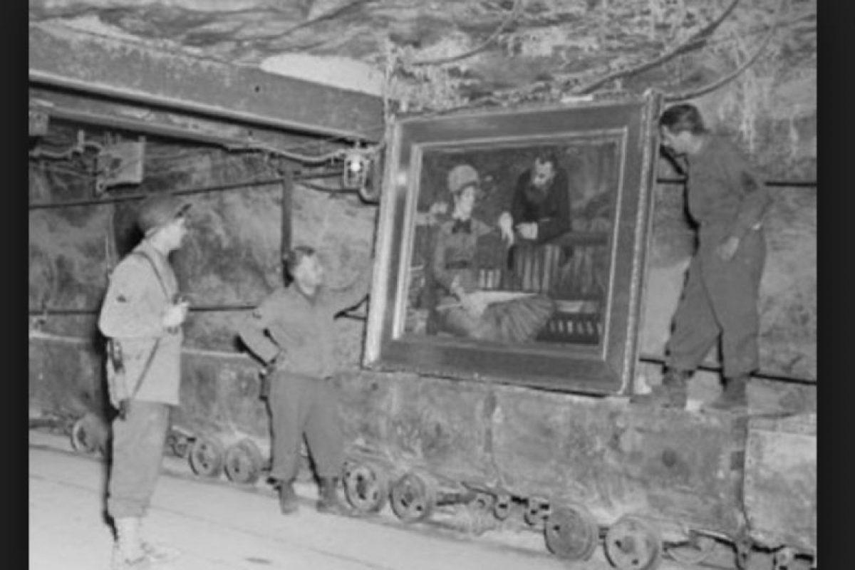 Estos incluían oro, plata y valiosos cuadros incautados a los que eran enviados a los campos de concentración. Foto:Vía archives.gov