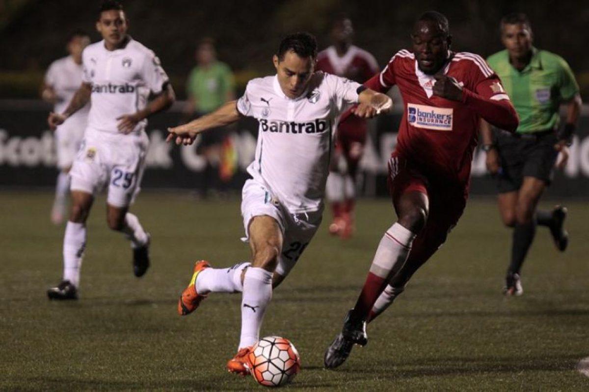 Los blancos necesitaban de una mayor diferencia contra el equipo trinitario. Foto:EFE