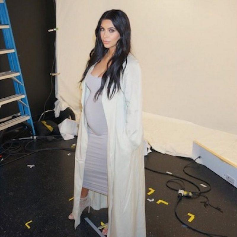 """Kim Kardashian es la protagonista de la revista """"C Magazine"""" en su décimo aniversario Foto:Instagram/KimKardashian"""