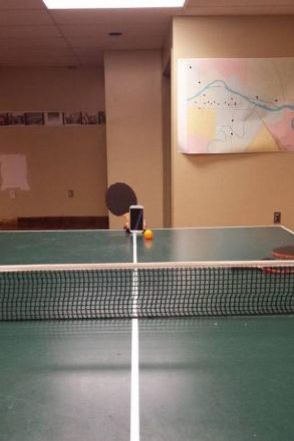 Jugando un rato… Foto:Vía Facebook.com/nathan.buhler