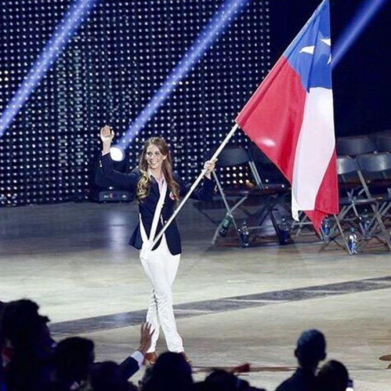 Fue abanderada de Chile en los Juegos Panamericanos de Toronto 2015 Foto:Vía instagram.com/isijimenezi