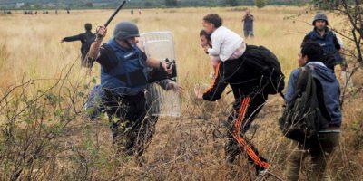 Migrantes en la frontera de Macedonia y Grecia. Foto:AFP