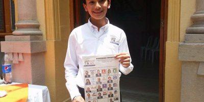 FOTOS. Los niños ya están listos para elegir al Presidente