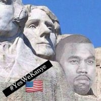 Y su figura en el Monte Rushmore, donde están esculpidos los rostros de George Washington, Thomas Jefferson, Theodore Roosevelt y Abraham Lincoln Foto: Instagram.com/explore/tags/kanyewest