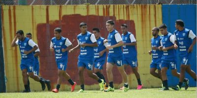 Legionarios se unen a la Selección Nacional que viaja mañana