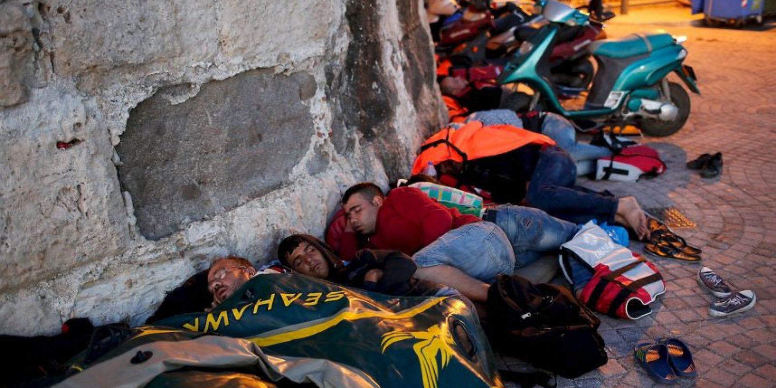 Los inmigrantes buscan la manera de lograr su objetivo. Foto:Getty Images