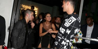 Selena Gómez, Nick Jonas y Joe Jonas Foto: Getty Images