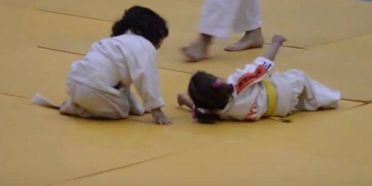 Video: Esta podría ser la más adorable pelea de Judo que hayan visto