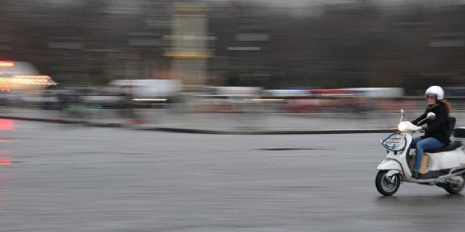 Traten de practicar la maniobra de frenado en una zona segura y despejada para que a la hora de una emergencia, pueda hacerlo sin problemas. Foto:Tumblr