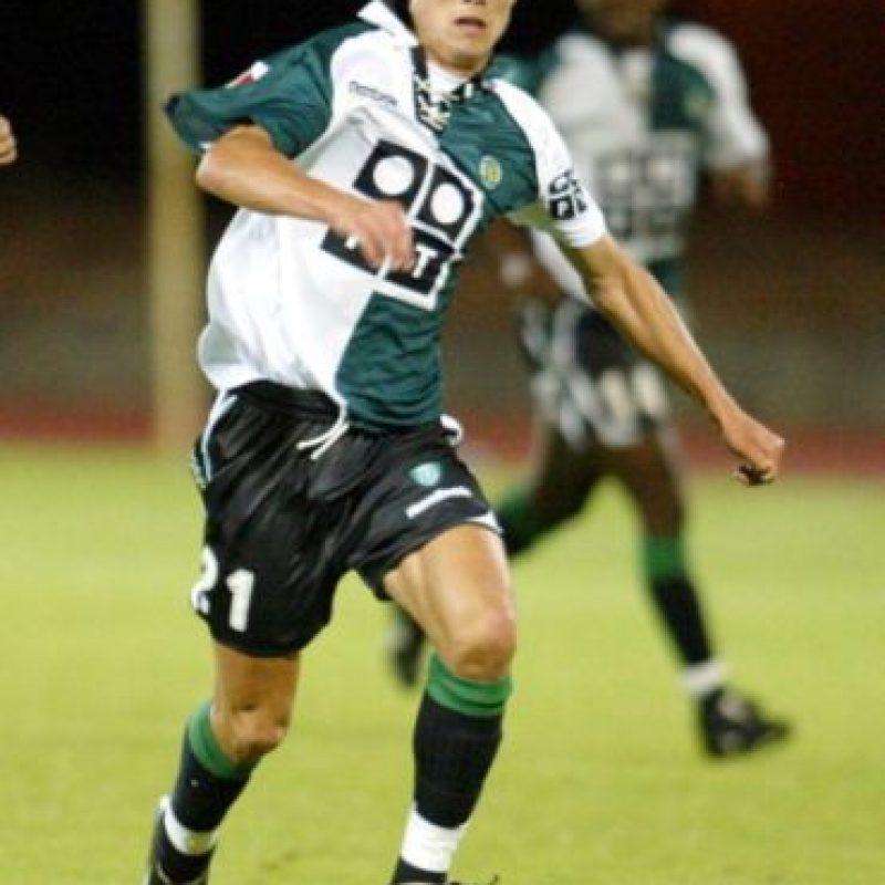 2002 – Fue el año de su debut profesional con el Sporting de Lisboa. Foto:Getty Images
