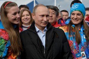 Este fue visto junto con la deportista en el torneo internacional de sambo en Sochi, Rusia. Foto:Getty Images