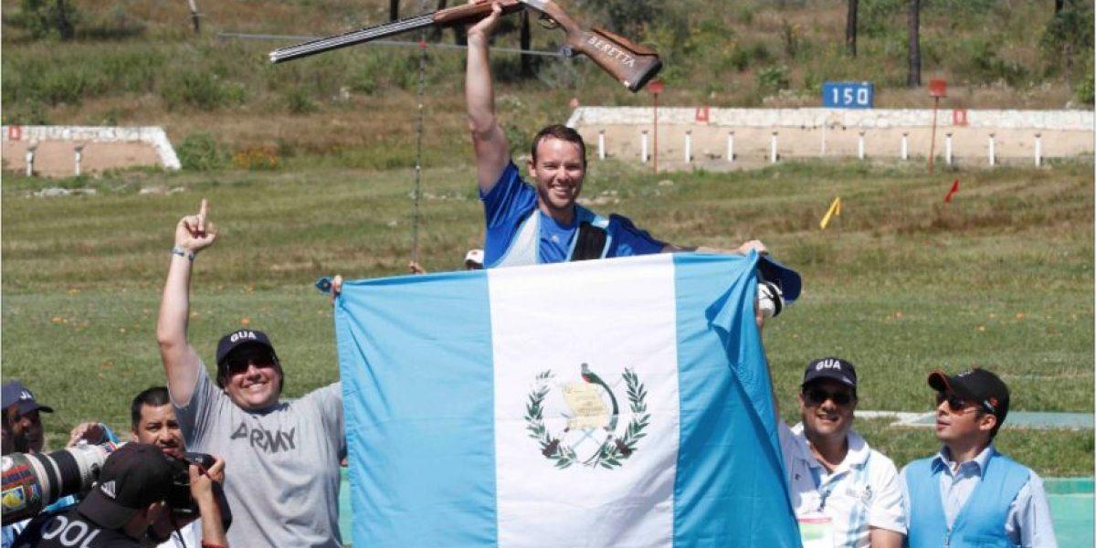 Hermanos guatemaltecos sorprenden en top 10 mundial