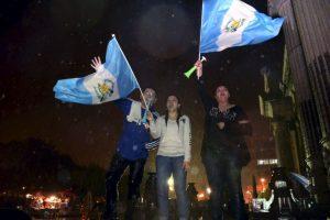 """""""La sociedad civil es la gran protagonista"""", añadió el académico Alejandro Motta, de la UP. Foto:AFP"""