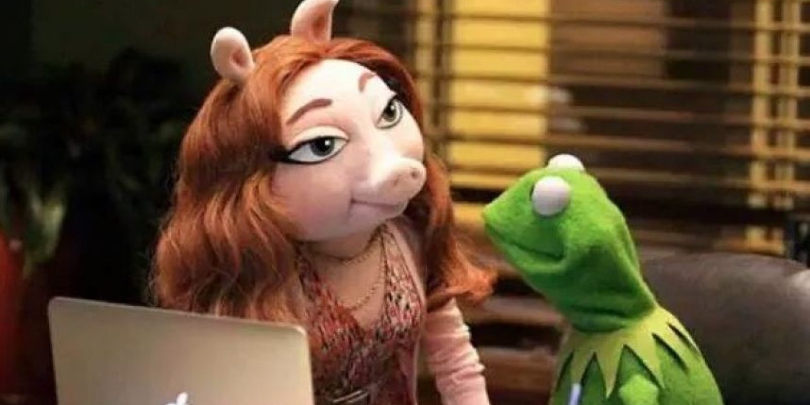 """Denise"" trabaja en el departamento de marketing de ABC Foto: Facebook/TheMuppetsABC"