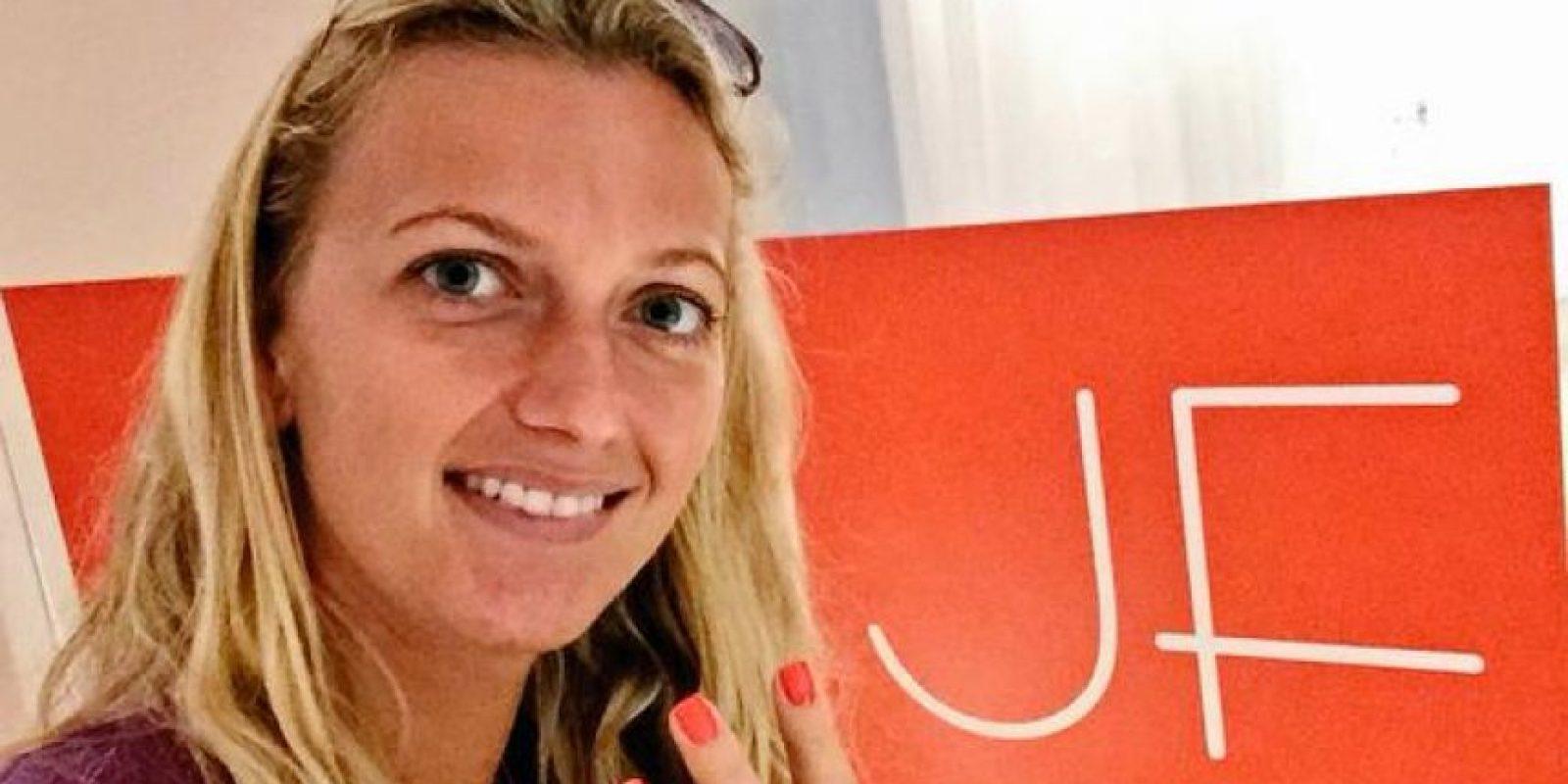 La checa Petra Kvitova, número 4 del mundo, aprovechó su estancia en Nueva York para arreglarse las uñas. Foto:Vía twitter.com/Petra_Kvitova