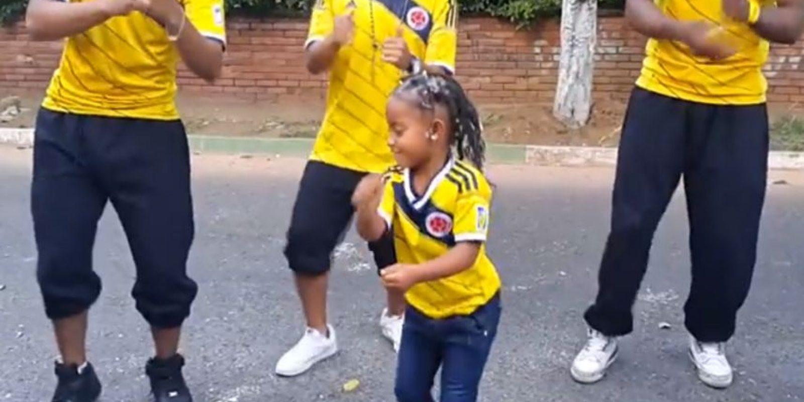 """Imagínense a alguien con mucho """"flow"""" y multiplíquenlo por mil. Tienen a esta niña. Foto:vía Youtube/Cali Flow Latino"""
