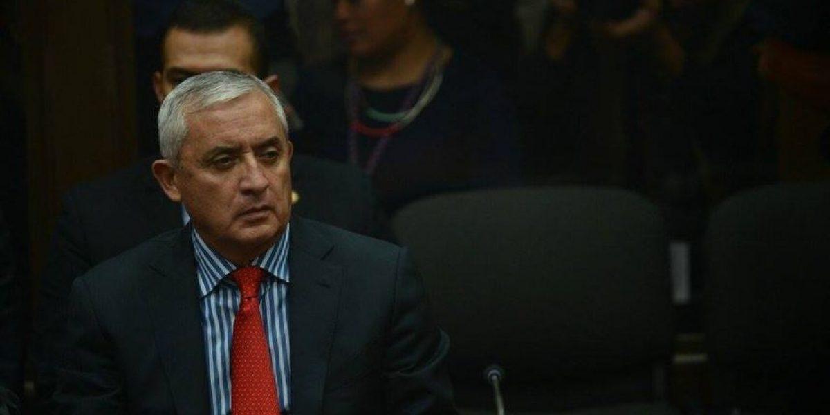 Fiscalía acusa a Otto Pérez de beneficiarse con millonaria suma