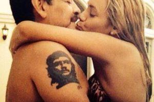A pesar de diversos rumores que apuntaban a que la relación entre ambos había finalizado, Maradona anunció que en el próximo mes de diciembre se casará con Oliva en Roma, Italia. Foto:Vía twitter.com/rogeraldineoliv