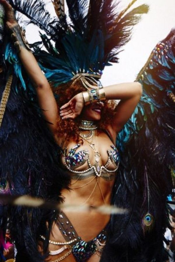 En agosto, durante el carnaval de Barbados, el corredor acompañó a la cantante muy de cerca. Foto:vía instagram.com/badgalriri
