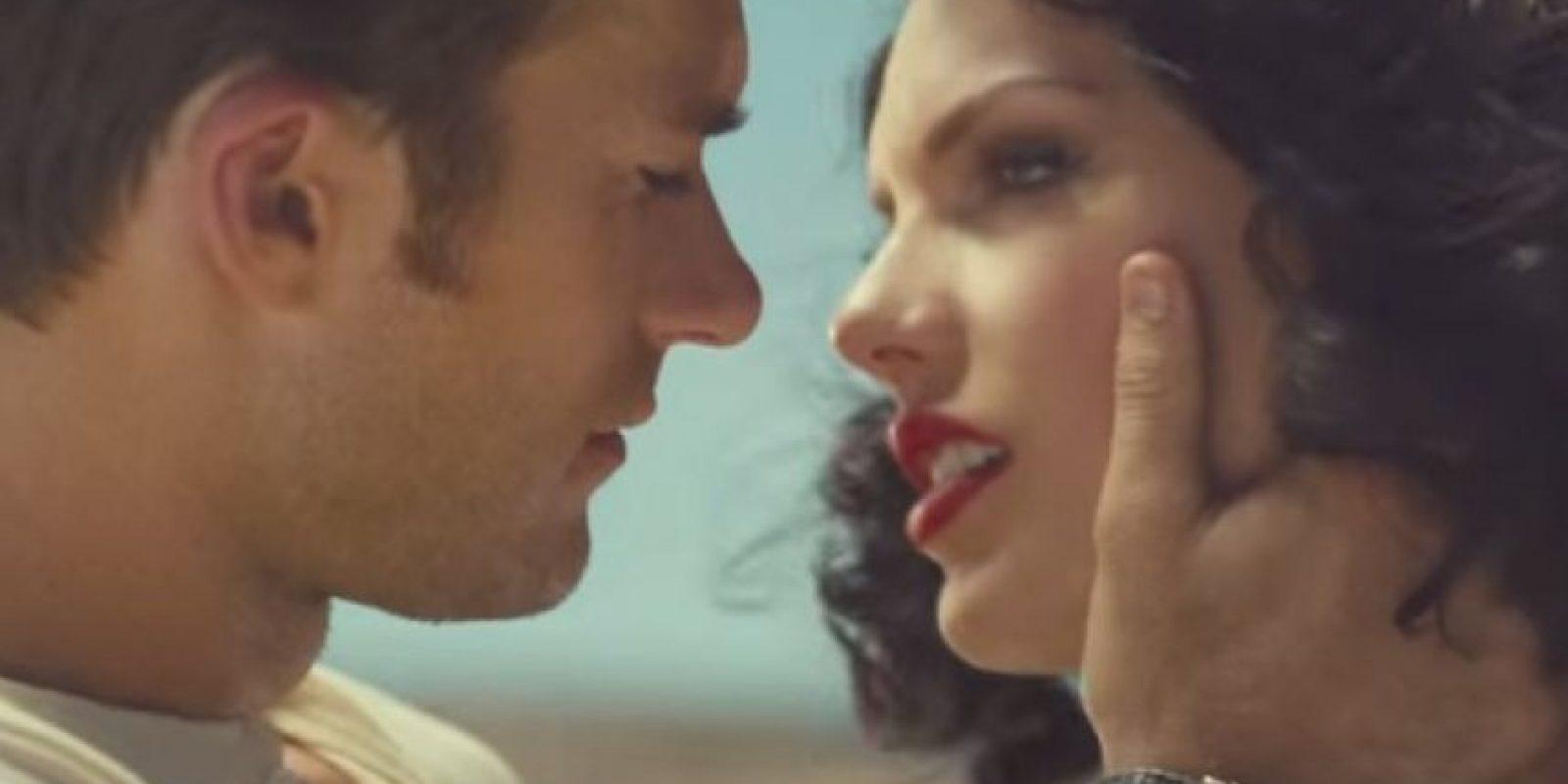 """""""Wildest Dreams"""" narra la historia de amor entre una actriz de Hollywood y un actor en el set de grabación. Foto:YouTube/TaylorSwiftVEVO"""