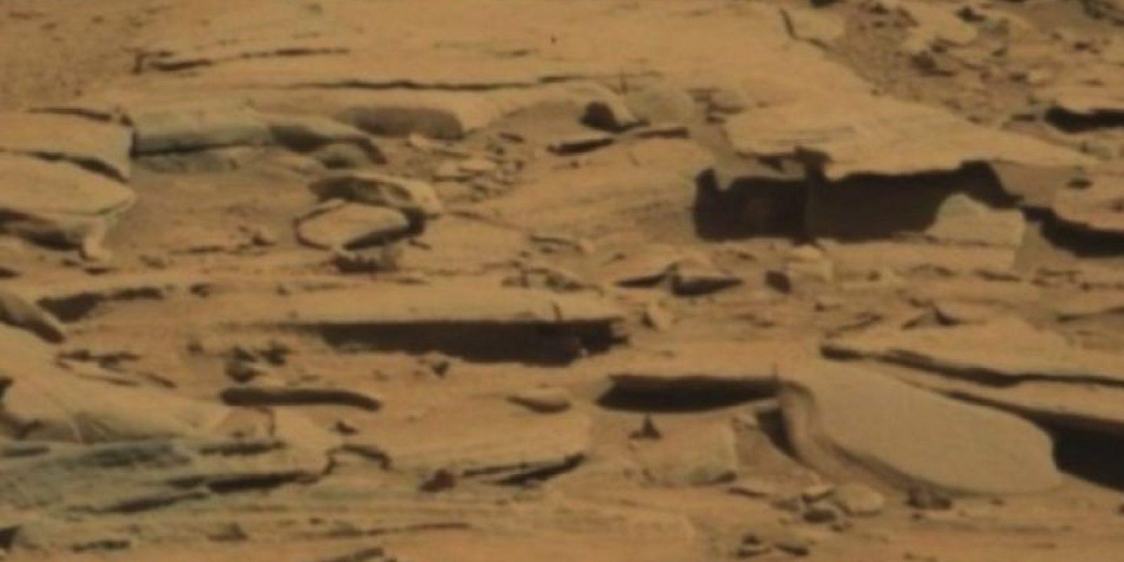 Se descubrió en agosto de 2014 Foto:Foto original en http://mars.jpl.nasa.gov/msl-raw-images/msss/00601/mcam/0601MR0025370020400768E01_DXXX.jpg