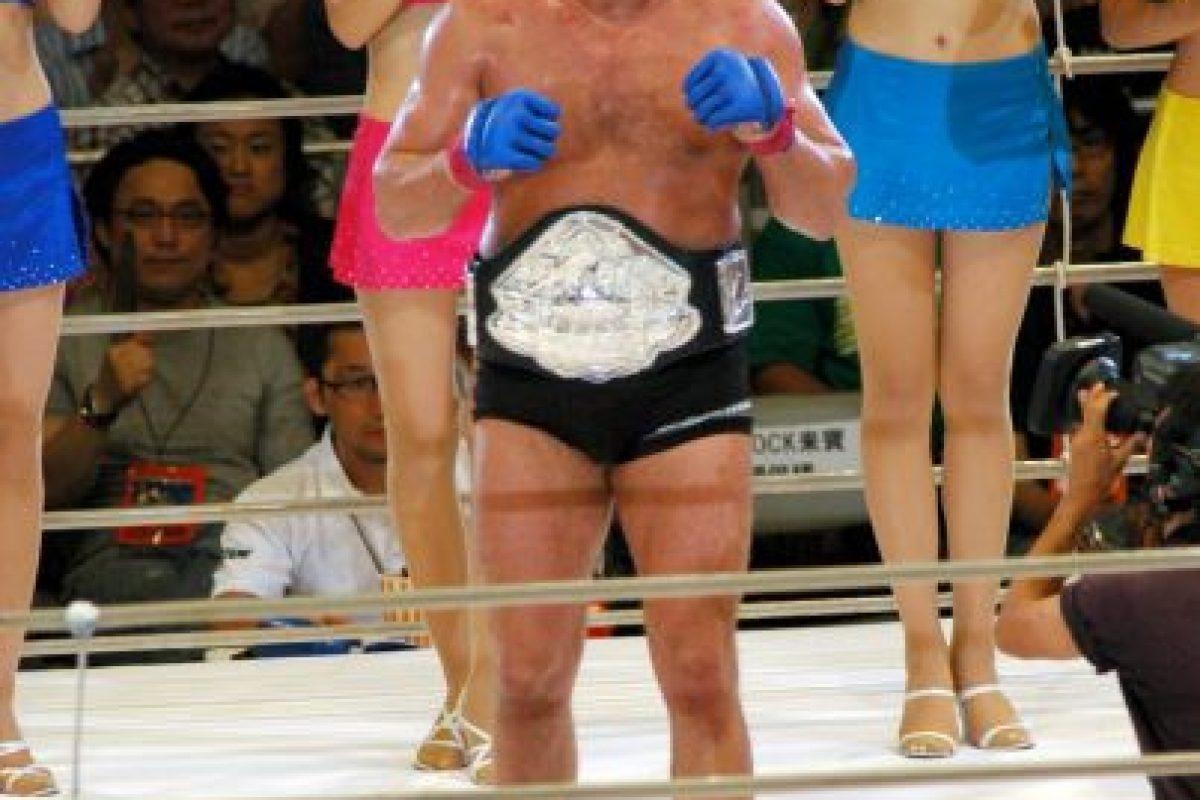 Se retiró de los combates el 21 de junio de 2012 para pasar más tiempo con su familia. Foto:Getty Images