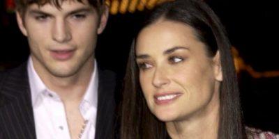 Y Ashton Kutcher decidió serle infiel a Demi. Foto:vía Getty Images