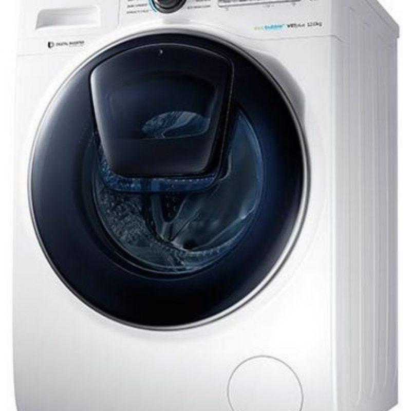 La lavadora inteligente que permite añadir nuevas prendas de ropa sucia en mitad del ciclo de lavado Foto:Samsung