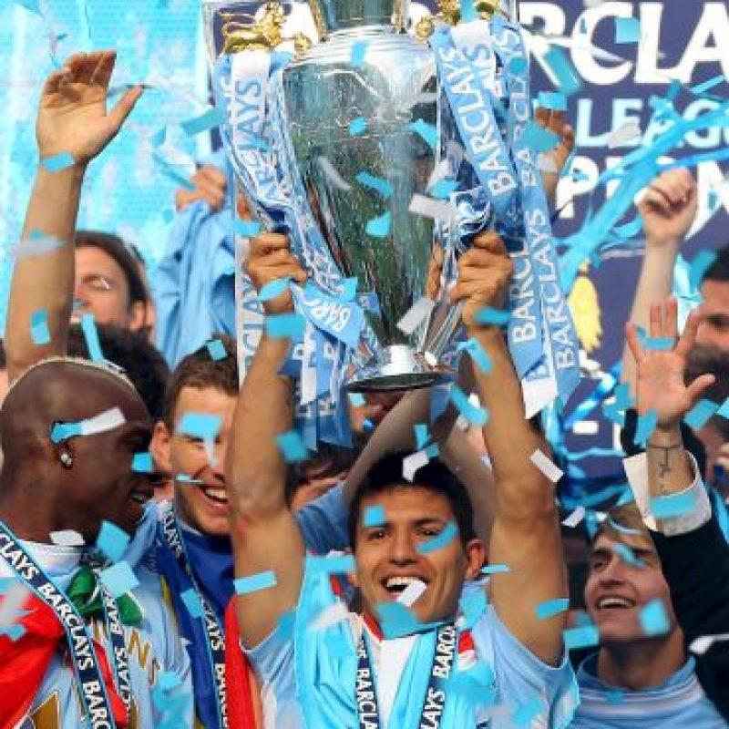 "En 2012 ganó con los ""Citizens"" la Premier League y la Community Shield. Foto:Getty Images"