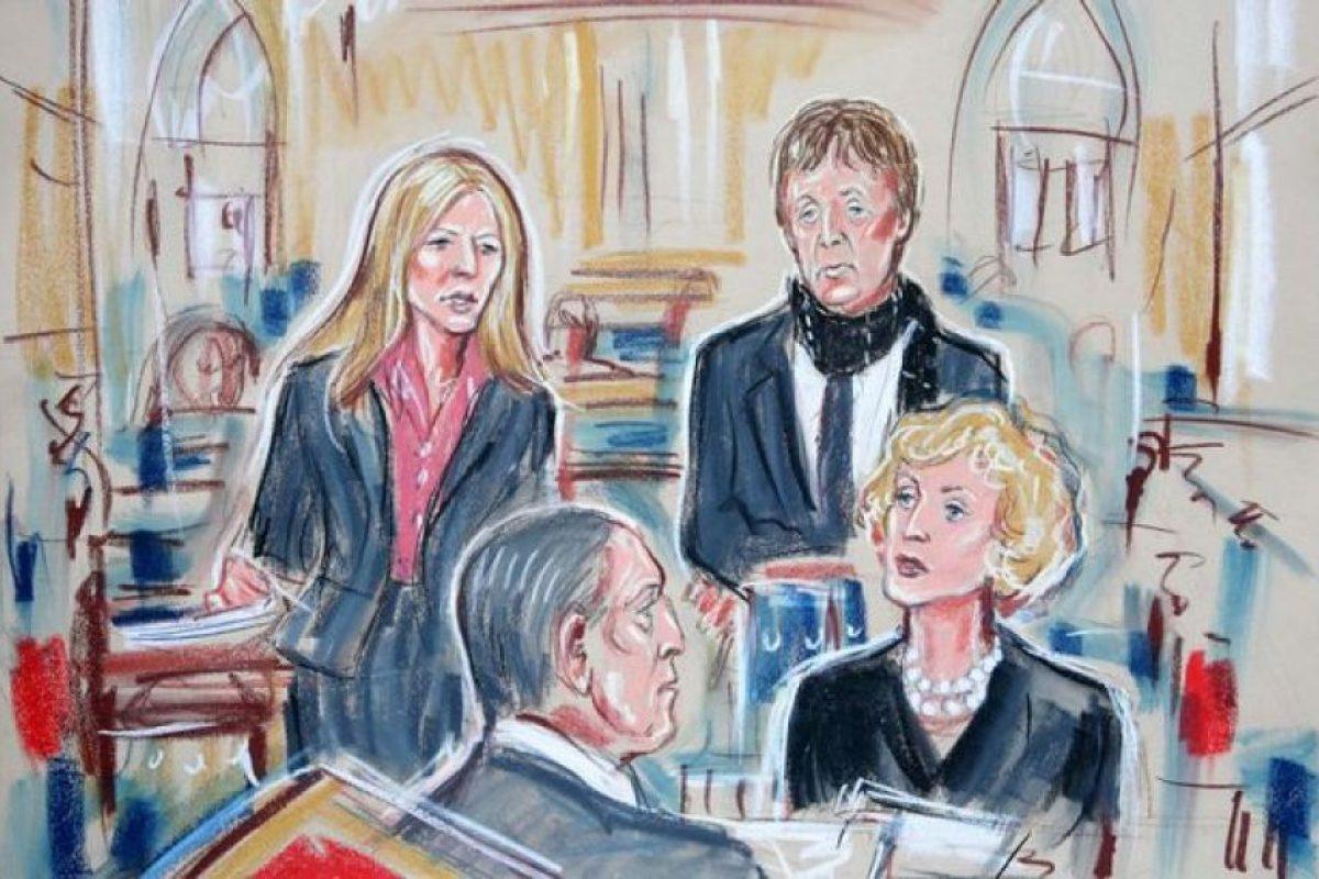 Esto sucedió cuando se divorciaba de la exmodelo Heather Mills Foto:Dibujado por
