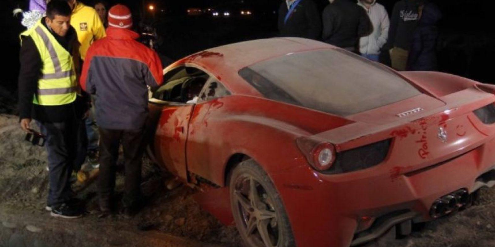 El accidente provocó que el automóvil del futbolista de la Juventus quedara destrozado Foto:AFP