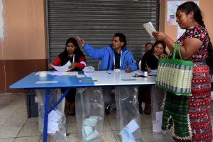 Además de presidente (para el cual existen 14 candidatos registrados), los guatemaltecos también deben decidir al vicepresidente, 158 diputados del Congreso, 20 del Parlamento Centroamericano y 338 corporaciones municipales. Foto:AFP