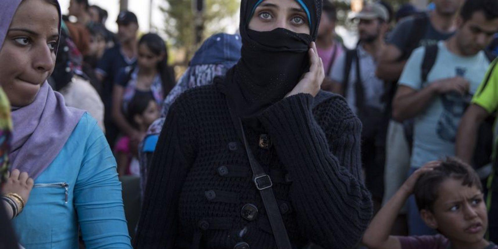 Hasta mediados de 2015, más de 330 mil personas procedentes de Oriente Medio y el norte de África habían llegado a Europa huyendo de la guerra o de la pobreza en sus países de origen. Foto:Getty Images