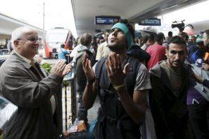 Miles de refugiados continuaron su camino en Hungría y Austria Foto:Getty Images