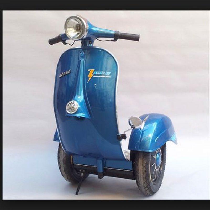 El motor es eléctrico y silencioso, alcanzando los 20 km/h (15 km/h) y existen muchas variedades de modelos y marcas Foto:Motoblog