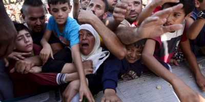 El ministro griego para Política Migratoria, Yannis Muzalas, solicitó la intervención inmediata de la Unión Europea. Foto:Getty Images