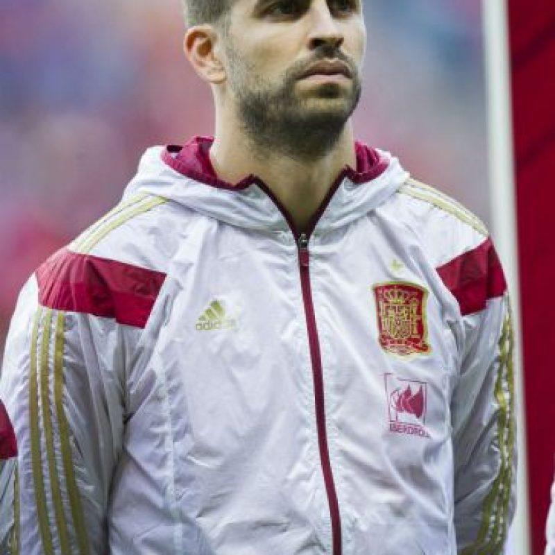 El defensa ha recibido abucheos y gritos en su contra en los últimos partidos de la Selección de España, principalmente por su apoyo a la independencia de Cataluña Foto:Getty Images