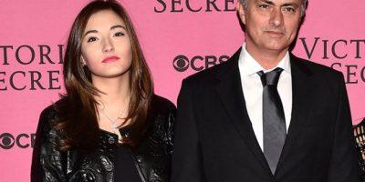 FOTOS. La hija de Mourinho y el escote que no deja nada a la imaginación