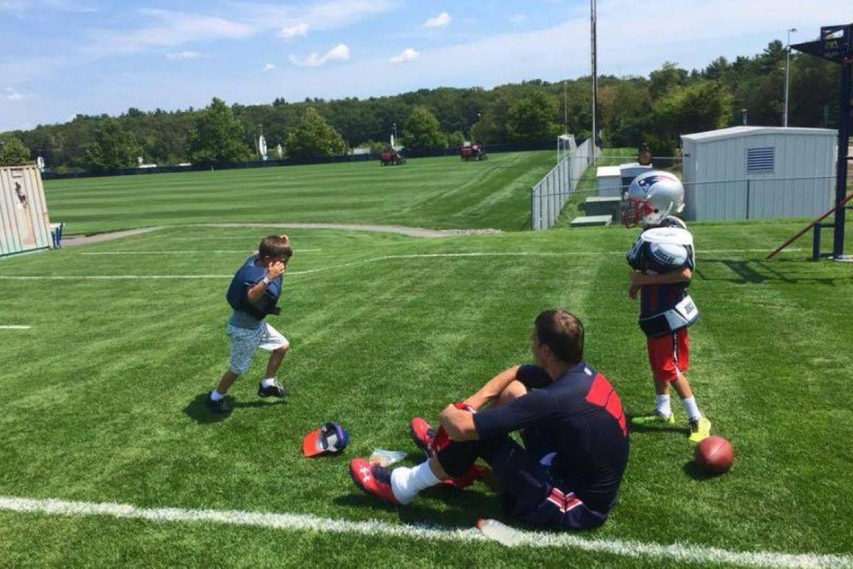 """Actualmente, él y los """"Pats"""" son los vigentes campeones de la NFL. Foto:Vía facebook.com/TomBrady"""