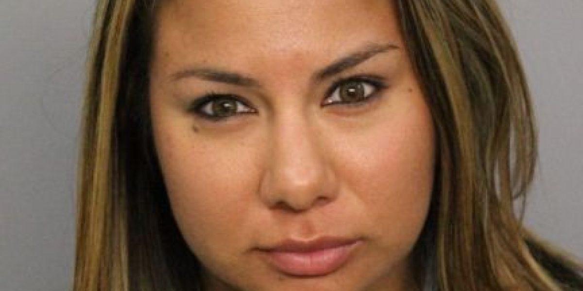 Maestra podría pasar 20 años en la cárcel por video íntimo con alumno
