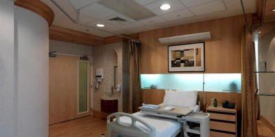 Cuenta con piscina, spa, jacuzzi y gimnasio Foto:Facebook.com/MediclinicCityHospital