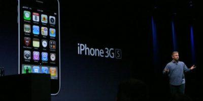 Phil Schiller, vicepresidente de Apple, presentó el iPhone 3GS el 8 de junio de 2009 en la WWDC. Foto:Getty Images