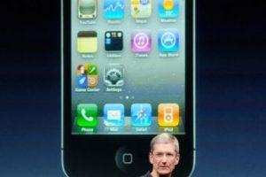 Tim Cook, actual CEO de Apple, presentó el iPhone 4s el 4 de octubre de 2011. Foto:Getty Images